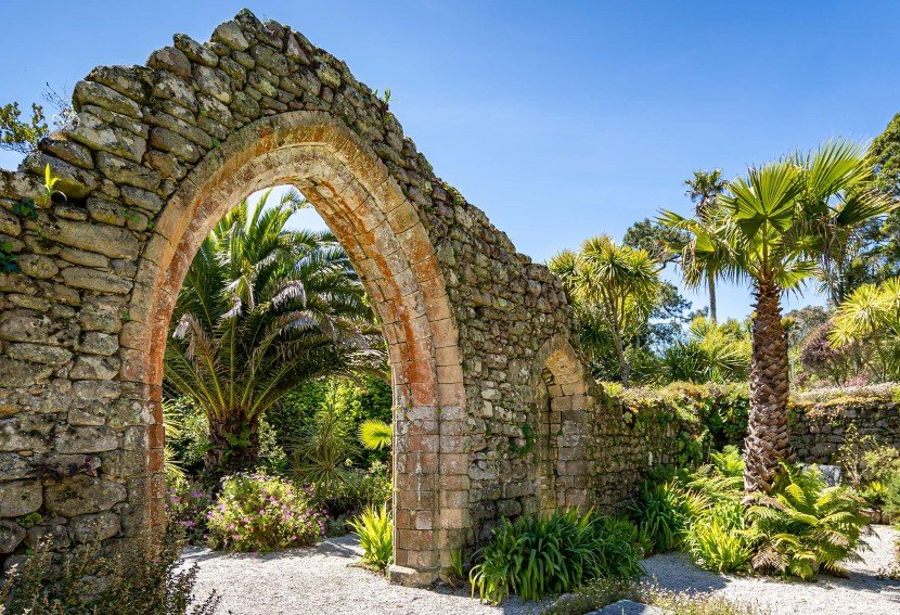 Se frodige Tresco Abbey Gardens på Isles of Scilly.
