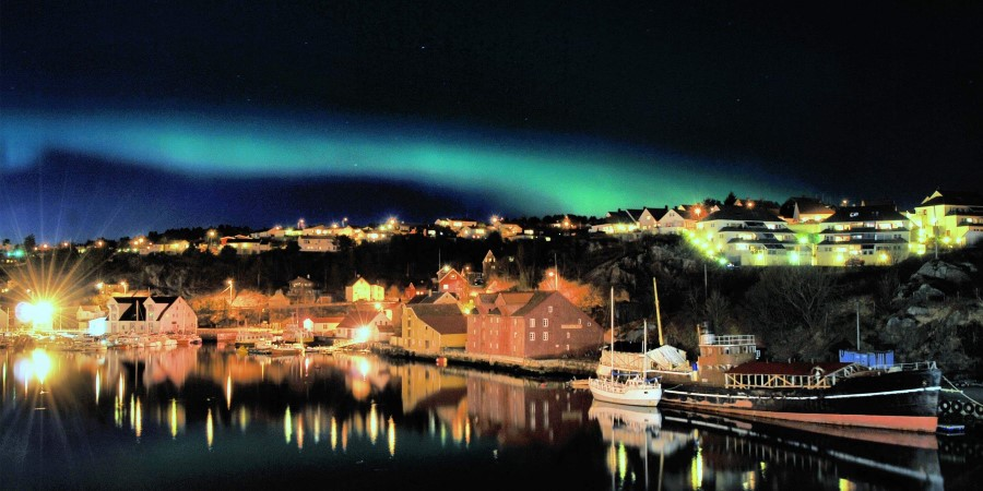 Northern-Lights-from-Kristiansund_Simon-Lawrence.JPG
