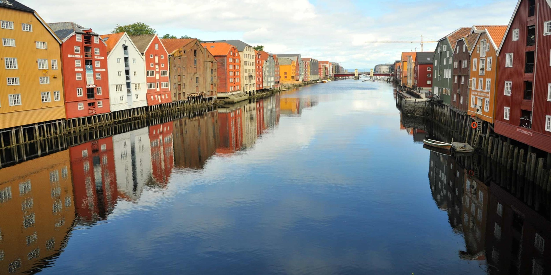 2500x1250_Trondheim_The-docks_By_Serena-Tang_Guest-Image.jpg